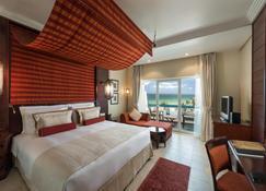 Ajman Hotel - Аджман - Beach
