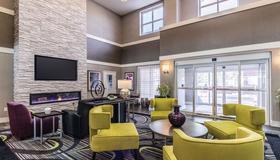 La Quinta Inn & Suites by Wyndham San Antonio Downtown - San Antonio - Lounge