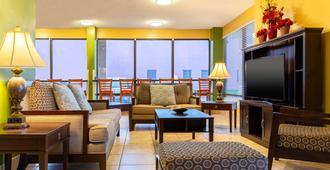 阿靈頓高地品質酒店 - 阿靈頓 - 阿靈頓 - 客廳