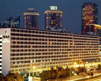 Jinglun Hotel - Beijing - Building