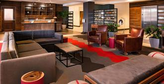 Four Points by Sheraton Detroit Metro Airport - Romulus - Lounge