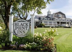 Black Point Inn - Scarborough - Building