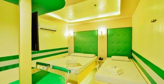 Hotel 99 Monumento - Manila - Spa