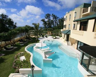 La Casa Panacea Okinawa Resort - Onna - Pool