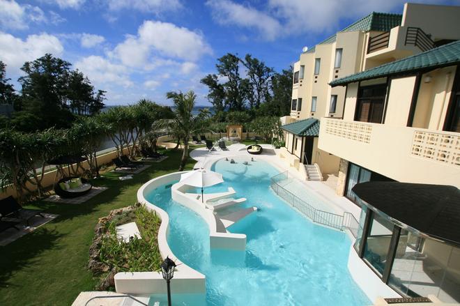 La Casa Panacea Okinawa Resort - Onna - Uima-allas