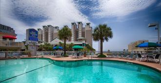 Best Western Plus Grand Strand Inn & Suites - מירטל ביץ' - בריכה