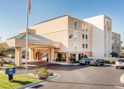 Comfort Inn - Conyers - Building