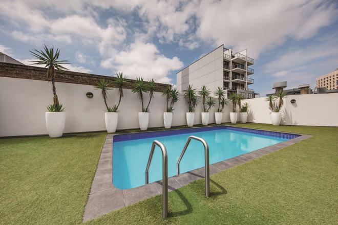 Vibe Hotel Sydney - Sydney - Pool