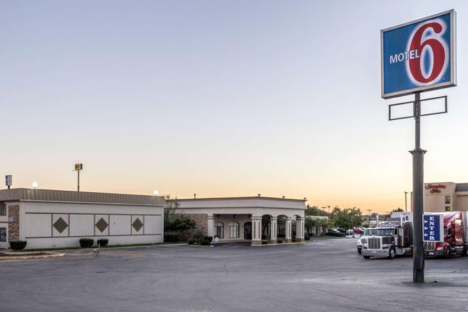 Motel 6 Springfield Oh - Springfield - Building