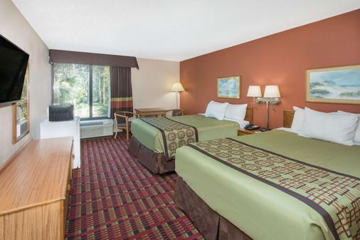 Days Inn by Wyndham Myrtle Beach - Myrtle Beach - Bedroom