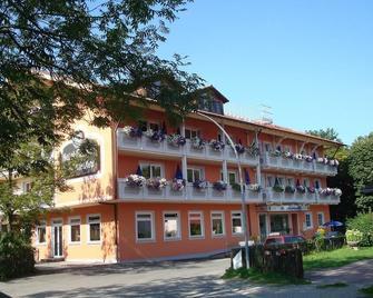 Hotel Gasthof Seefelder Hof - Dießen am Ammersee - Building