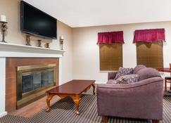 Hawthorn Suites by Wyndham Columbus North - Κολόμπους - Σαλόνι