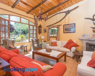 Sa Marjal - Муро - Living room