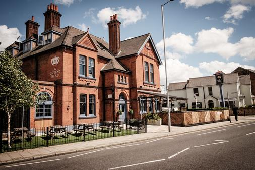 The Queen's Head - Kingston upon Thames - Building