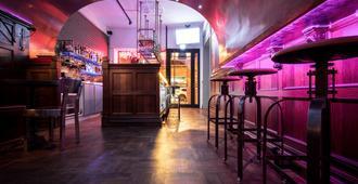 Reddot Hotel - Đài Trung - Bar