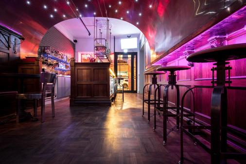 RedDot Hotel - Taichung - Bar