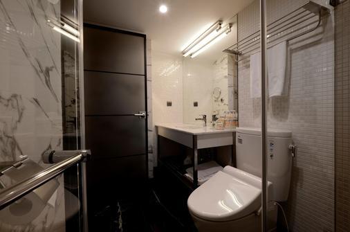RedDot Hotel - Taichung - Μπάνιο