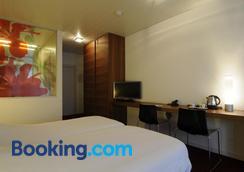 Corbie Mol - Mol - Bedroom