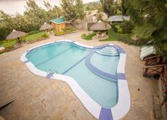 Dove Nest Lodge - Naivasha - Piscina