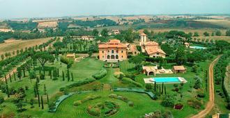 Casale di Tormaggiore Villa and Country Suites - Pomezia - Outdoor view