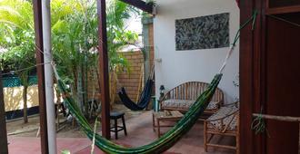 Bambu Backpackers Hostel - Adults Only - Tarapoto - Balcón