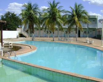 Hotel das Palmeiras - Барреірас - Pool