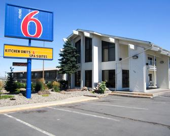 Motel 6 Madras, OR - Madras - Gebäude