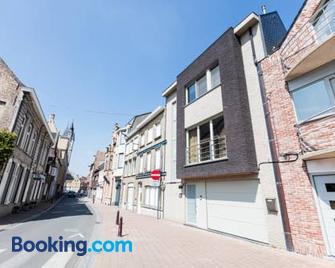 Guesthouse Amfora - Poperinge - Building