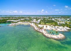 Tranquility Bay Beachfront Hotel And Resort - Marathon - Strand
