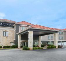 La Quinta Inn & Suites by Wyndham Fredericksburg