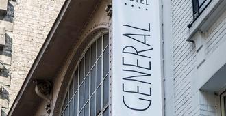 Le General Hotel - París - Vista del exterior