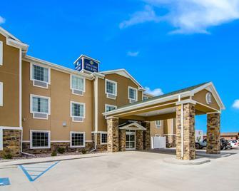 Cobblestone Hotel & Suites - Andrews - Andrews - Building