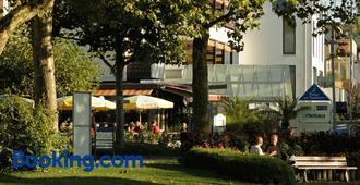 Hotel Knaus am Hafen - Uhldingen-Mühlhofen - Gebouw
