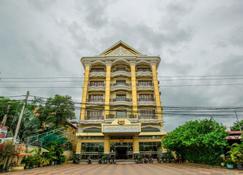 Vy Chhe Hotel - Battambang - Building