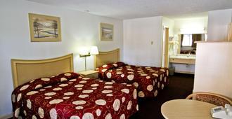 National 9 Inn - סאות' לייק טאהו - חדר שינה