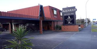 Aquarius Motor Inn - Hamilton - Building