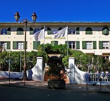 隱居酒店 - 聖托貝