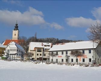 Hotel 365 - Maribor