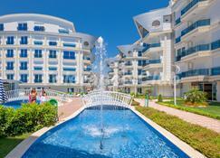 Melda Palace - Antalya - Piscina