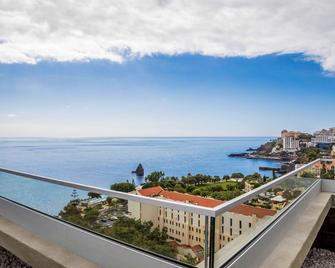 Allegro Madeira - Adults only - Funchal - Balkon