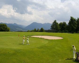 Der Margarethenhof - Waakirchen - Golf course
