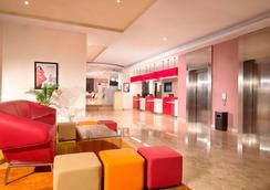 雅加達宜必思塞嫩酒店 - 雅加達 - 雅加達 - 大廳