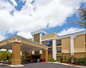 Holiday Inn Express Vero Beach-West (I-95) - Vero Beach - Edificio