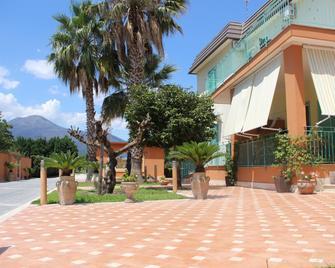 Agriturismo Villa Julia - Pompeia - Exterior