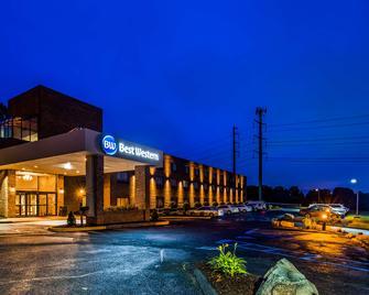 Best Western Danbury/Bethel - Bethel - Gebäude