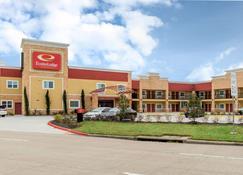 Econo Lodge Inn and Suites Houston Willowbrook - Houston - Building