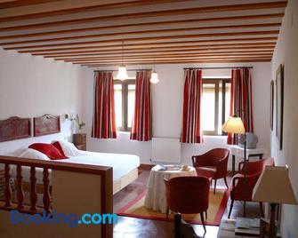 Rusticae Hotel Posada San José - Cuenca - Bedroom