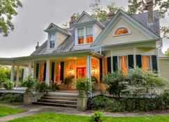 Clermont Bluffs Bed and Breakfast - Natchez - Building