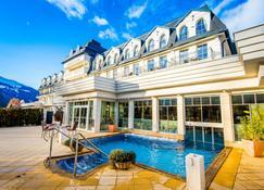 Grandhotel Lienz - Lienz - Pool