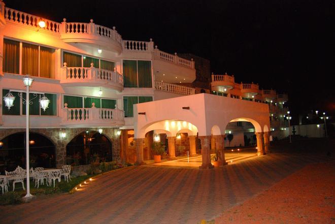 Best Western Toluca - Toluca - Building